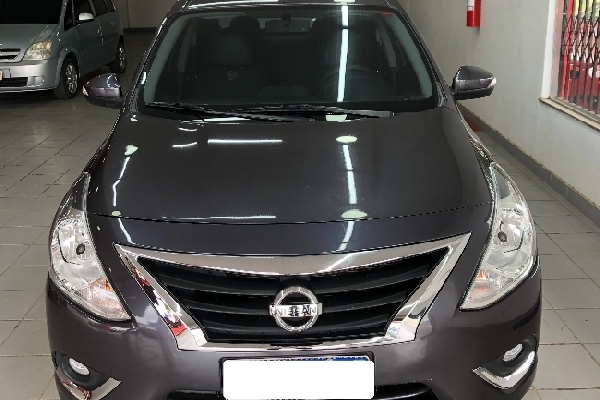 Nissan - VERSA - Tropical Multimarcas