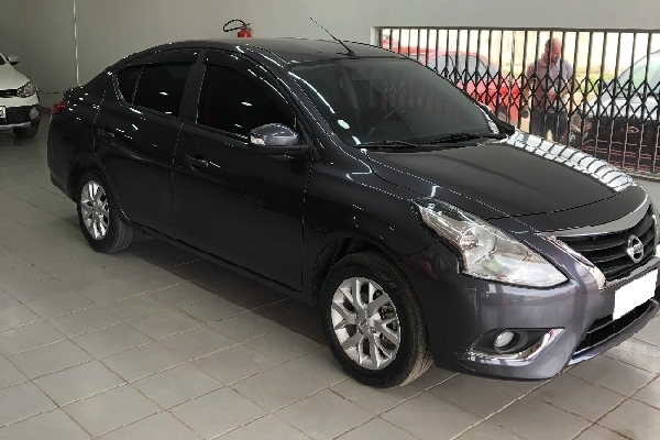 Nissan - VERSA - Tropical Multimarcas