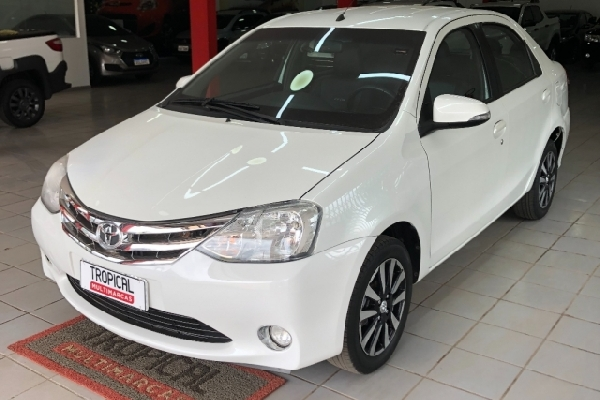 Toyota - Etios - Tropical Multimarcas