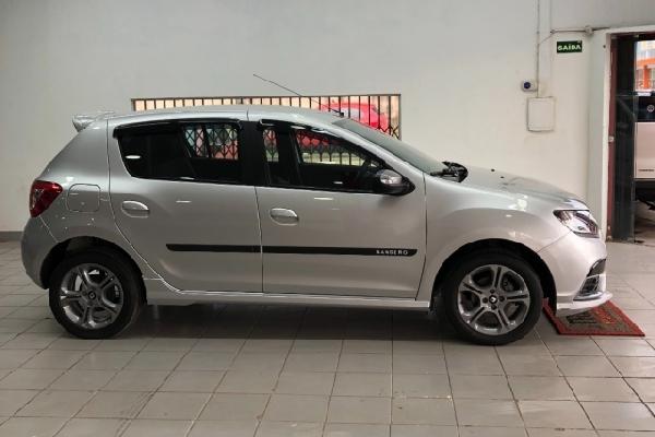 Renault - Sandero - Tropical Multimarcas